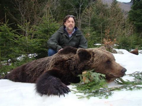 Erfolgreiche Braunbär jagd in Kroatien - Interhunt - jagen weltweit