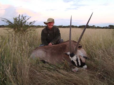 Erfolgreiche Oryx Jagd in Namibia - Interhunt - jagen weltweit